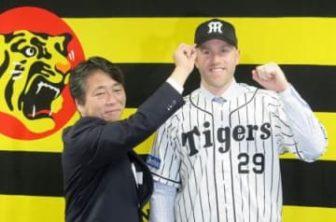 キャンベル内野手が阪神入団会見 「勝利に貢献するプレーを」 :: 共同通信 47NEWS