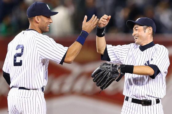 ヤンキース時代のデレク・ジーター(左)とイチロー(右)【写真:Getty Images】