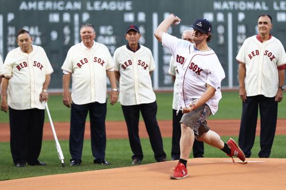 始球式を行ったジョーダン・リーンドレさん【写真:Getty Images】