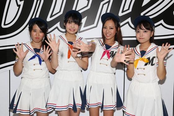 8月31日の試合後のメンバーたち【写真提供:千葉ロッテマリーンズ】