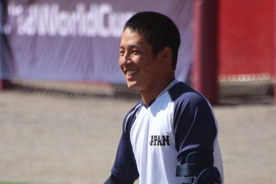「自分が笑顔でいて、チームの雰囲気を良くできれば」と語る増田珠【写真:沢井史】