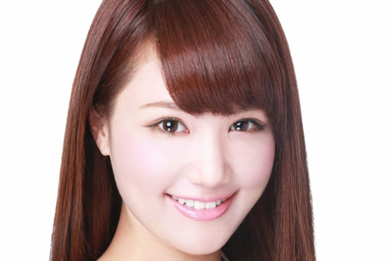 19日のイースタン・リーグ公式戦、楽天戦の始球式を務める元AKB48のメンバーで女優の鈴木まりや