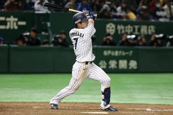 大会MVPに輝いた侍ジャパン・外崎【写真:Getty Images】