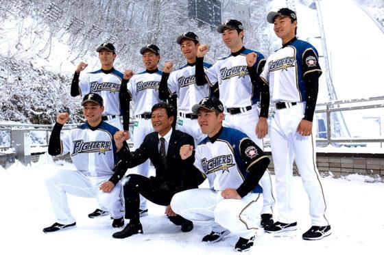 入団会見に臨んだ日本ハムの新人選手たち【写真:石川加奈子】