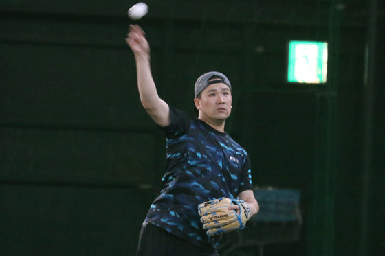 Koboパーク宮城でキャッチボールをするヤンキース・田中将大【写真:編集部】
