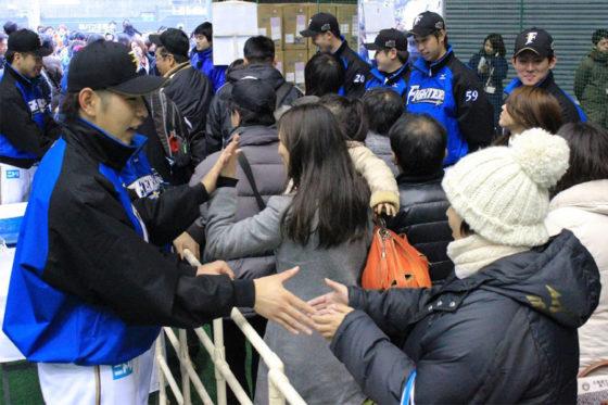 過去の新入団選手歓迎式典の様子【写真提供:北海道日本ハムファイターズ】