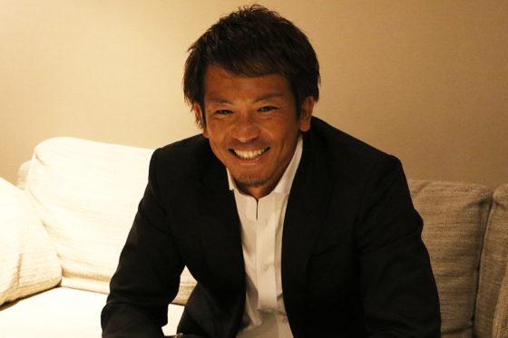 笑顔でインタビューに応じるソフトバンク・松田宣浩【写真:中村彰洋】