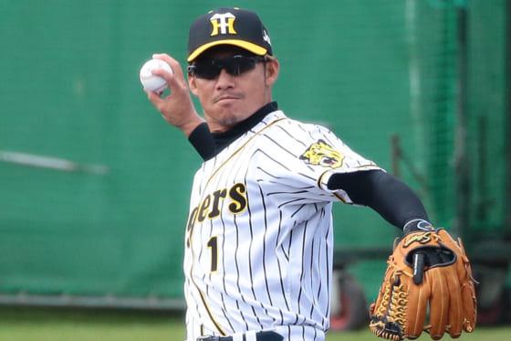 今季限りで阪神を退団する鳥谷敬【写真:荒川祐史】