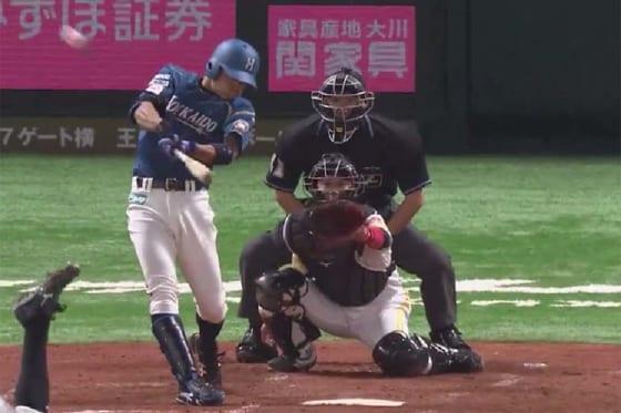 2回に満塁ホームランを放った日本ハム・中島卓也【画像:(C)PLM】