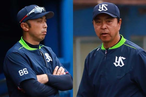 ヤクルトの宮本慎也ヘッドコーチ(左)と、小川淳司監督【写真:荒川祐史】