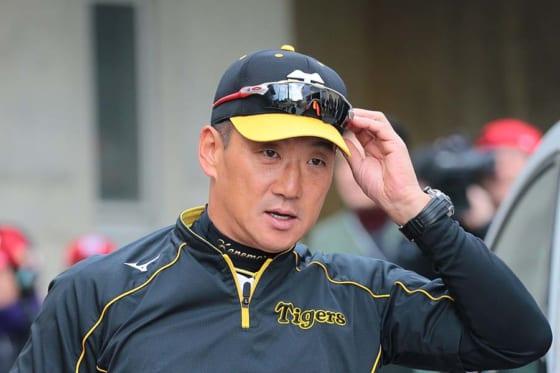 現役引退後は2016~2018年まで阪神の監督を務めた金本知憲氏【写真:荒川祐史】