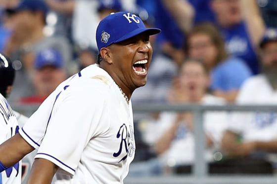 タイガース戦で一塁守備にロイヤルのサルバドール・ペレス【写真:Getty Images】