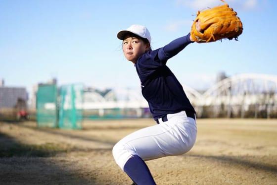 島野愛友利さんは今春から神戸弘陵高女子硬式野球部に入部する【写真:荒川祐史】