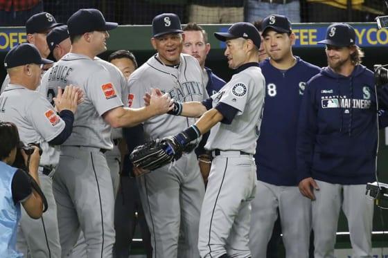 東京ドームでの試合を最後に現役を引退したマリナーズ・イチロー【写真:AP】