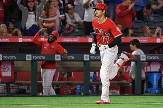 本拠地でのマリナーズ戦で本塁打含む3安打放ったエンゼルス・大谷翔平【写真:Getty Images】