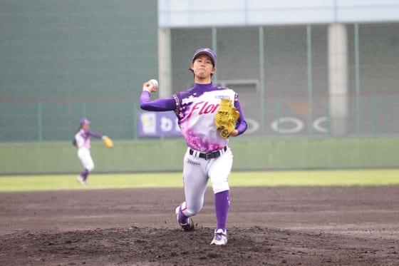 京都フローラ・三輪裕子【写真提供:日本女子プロ野球リーグ】