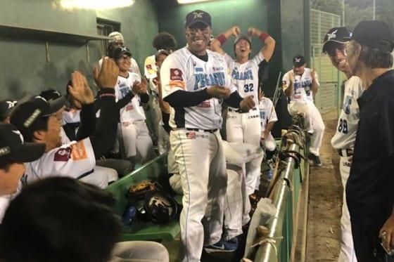 フューチャーイースト前期優勝を決めた群馬ダイヤモンドペガサス【写真:細野能功】