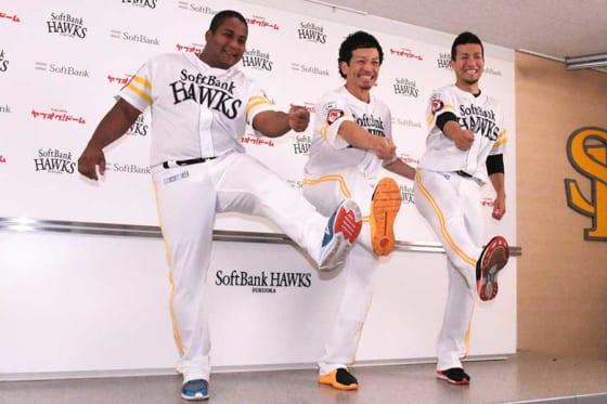 選手間投票で選出されたソフトバンク・デスパイネ、松田宣、千賀(左から)【写真:藤浦一都】