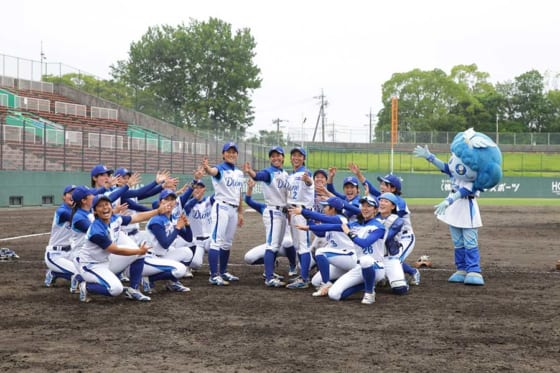 愛知ディオーネの選手たち【写真提供:日本女子プロ野球リーグ】