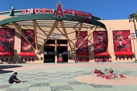 エンゼルスタジアムは悲しみに包まれていた【写真:盆子原浩二】