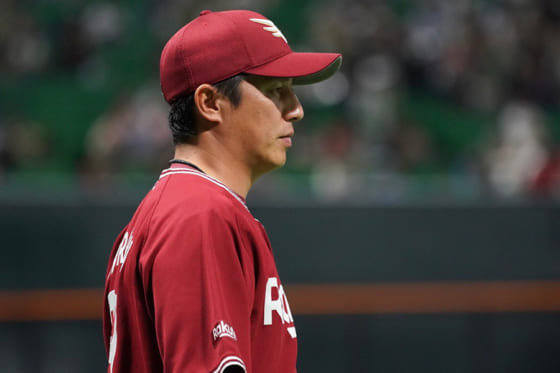 楽天・平石洋介監督【写真:荒川祐史】