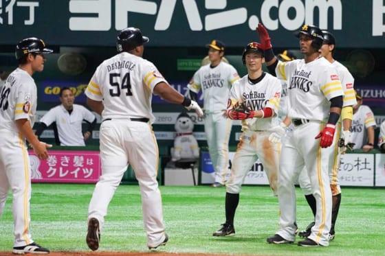 満塁本塁打を放ったソフトバンク・デスパイネ【写真:荒川祐史】