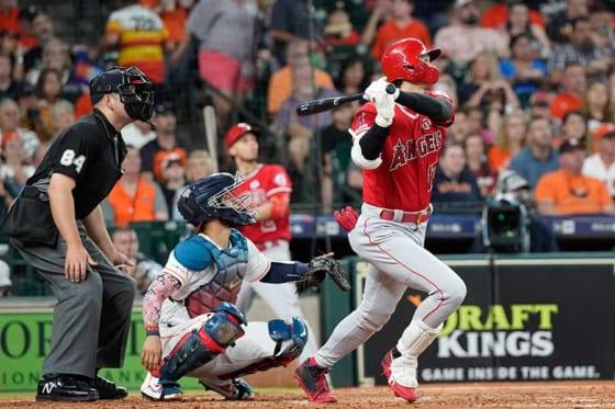 アストロズ・バーランダーから本塁打を放ったエンゼルス・大谷翔平【写真:AP】