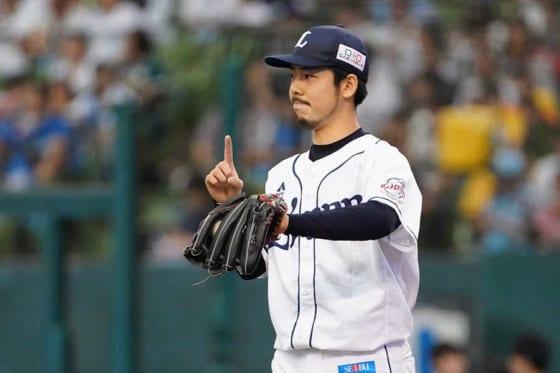 今季はプロ初勝利を含む6勝を挙げた西武・本田圭佑【写真:荒川祐史】