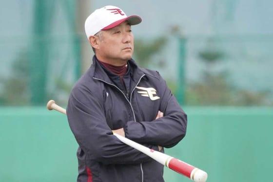 今季まで楽天でコーチを務めていた森山良二氏【写真:荒川祐史】