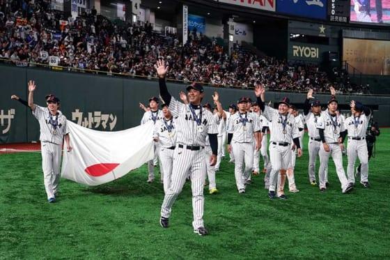 プレミア12で優勝した侍ジャパン【写真:Getty Images】