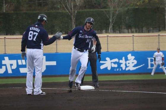 来日後初の本塁打を放った西武のコーリー・スパンジェンバーグ【写真:福谷佑介】