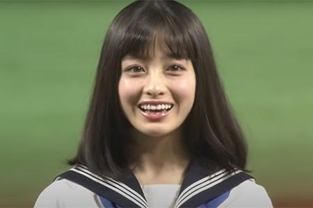 始球式に登場した橋本環奈さん【画像:パーソル パ・リーグTV】