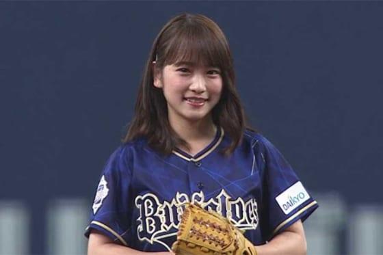 元AKB48で女優の川栄李奈さん【画像:パーソル パ・リーグTV】