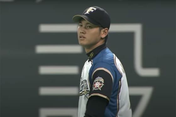 強肩を披露した当時19歳の日本ハム・大谷翔平【画像:パーソル パ・リーグTV】