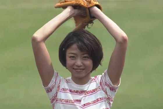 始球式に登場した中村静香さん【画像:パーソル パ・リーグTV】