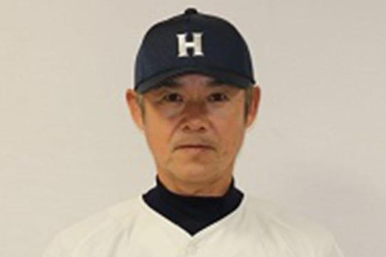 大洋で三塁手として活躍し現在は法政大学野球部助監督を務める銚子利夫氏【写真提供:法政大学硬式野球部】