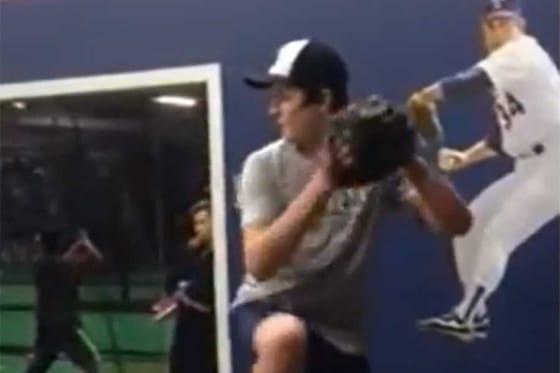 当時13歳のルーク・リトル投手(画像はスクリーンショット)