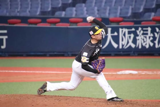 オリックス戦に3番手として登板したソフトバンク・古谷優人【写真:福谷佑介】