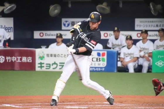 タイムリー二塁打を放ったソフトバンク・上林誠知【写真:福谷佑介】