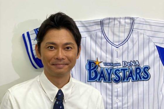 横浜DeNAの応援番組のMCを務める俳優、タレントの今井翼さん【写真提供:TBS】