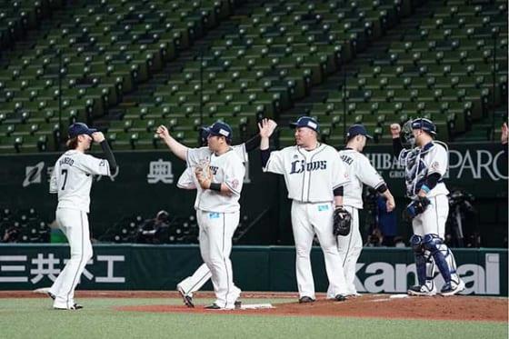 西武は日本ハムに3-0で勝利して開幕戦を飾る【写真:荒川祐史】