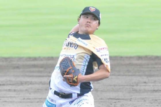 今季開幕戦に登板したBC栃木・若松駿太【写真:小西亮】