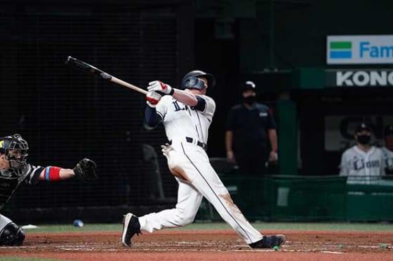 1号満塁本塁打を放った西武のコーリー・スパンジェンバーグ【写真:荒川祐史】