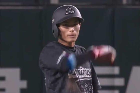 プロ初盗塁を決めたロッテ・和田康士朗【画像:パーソル パ・リーグTV】