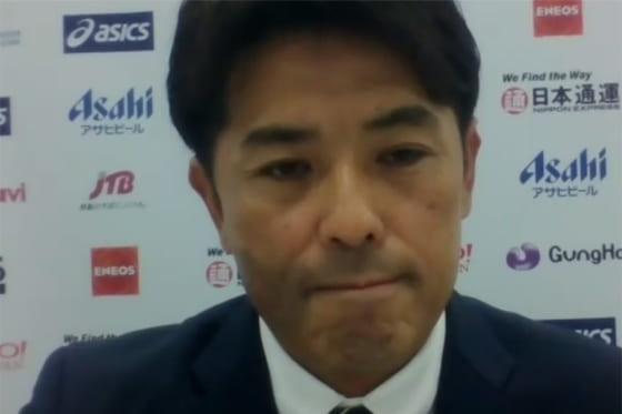 会見に臨んだ侍ジャパン・稲葉篤紀監督【写真:宮脇広久】