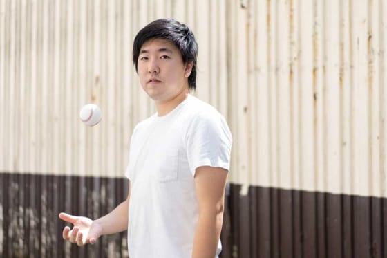 現在はクラブチーム『横浜球友クラブ』で練習を続ける元オリックス・佐藤世那【写真:荒川祐史】