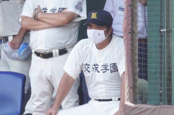 佼成学園・藤田直毅監督【写真:荒川祐史】
