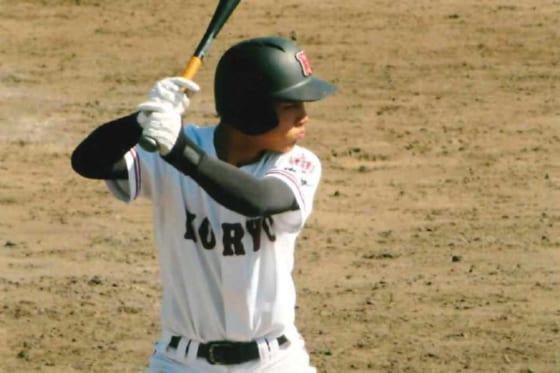 昨秋広島大会では4番を務めた江村智弥外野手