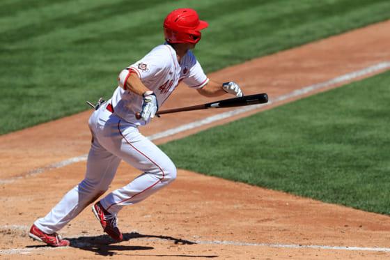 秋山翔吾、24試合ぶりマルチもチーム完敗 中前打、左中間二塁打で打率 ...