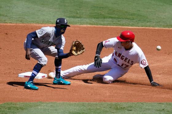 初回に盗塁を決めたエンゼルス・大谷翔平【写真:AP】